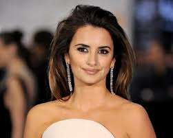 9b4e1e302f655eeed964149bfe0e1f15 Top 10 Richest Hollywood Actresses of 2014
