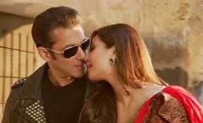 c95446743f11b3695d904b2db6131fe3 Top 10 Most Romantic Bollywood Movies in 2014