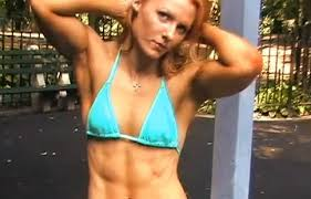 cb95eef506b433588dcf5fe887e67a83 Top 10 Hottest and Sexiest Female Bodybuilders of All Time