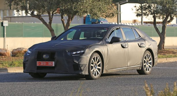 70a392abb181b8bd2964070383b8661a Next-generation Lexus LS scooped ahead of January debut
