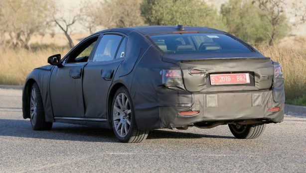 cb9d65855f0dc34698e31730bd26d1f2 Next-generation Lexus LS scooped ahead of January debut