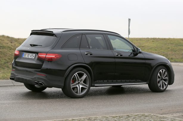 fc2ace1d8bd6136831f686d338bd48d9 New Mercedes-AMG GLC 63 spied out in the open