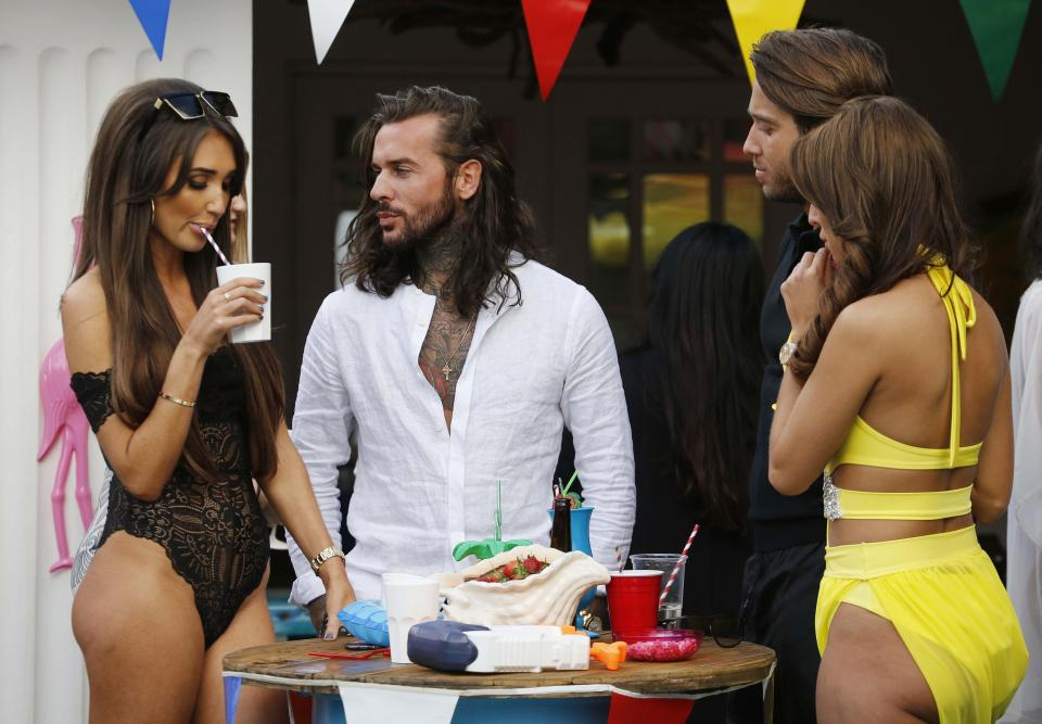 5c1c1d31128331b0d3c3f1b2f11b6dd0 Towie's Pete Wicks reveals he 'needs a break' from the show after finding this series 'mentally draining' following split from Megan McKenna