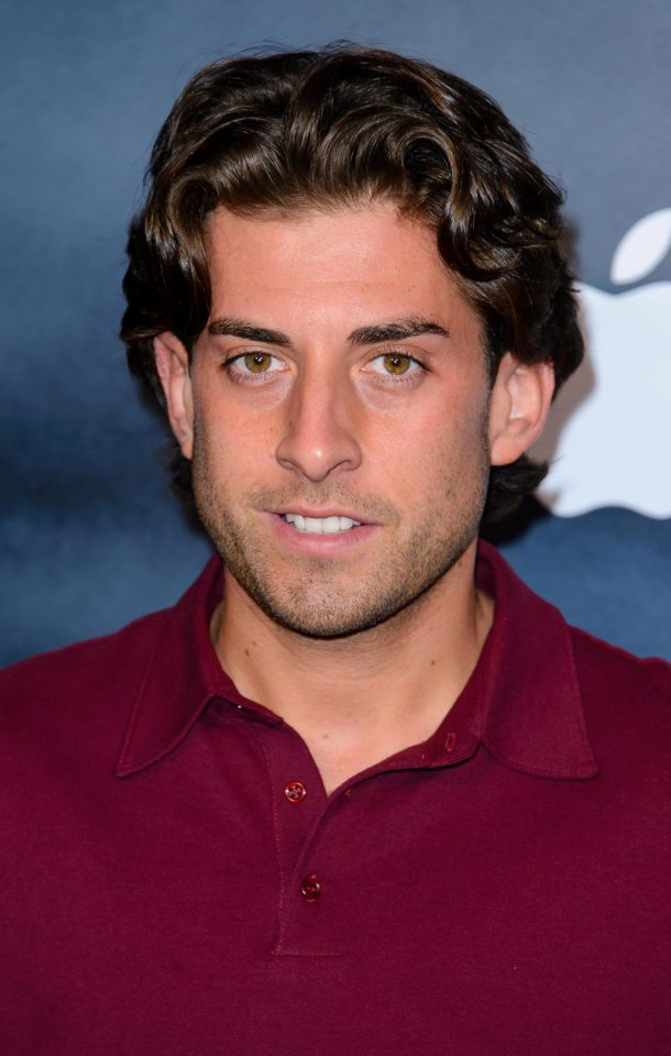 9afb21211036c5c1eaf2c2703518ca44 Towie's James Argent looks almost unrecognisable in new slimline picture as he reveals he's about to go on a date