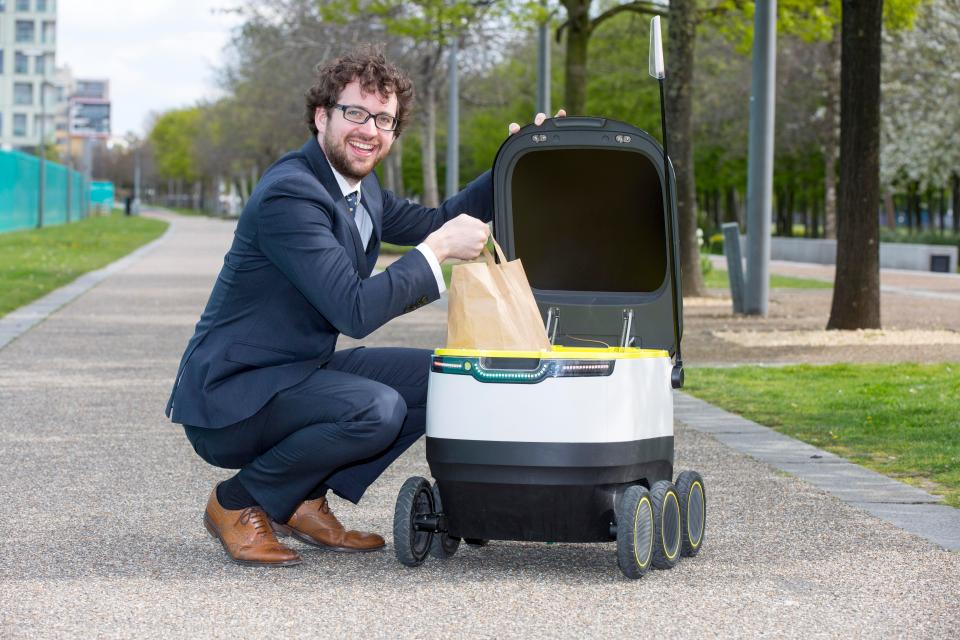 9f234b64e0289f82cd34560a8577f212 Tesco makes UK's first delivery by ROBOT in test of technology which could change shopping forever