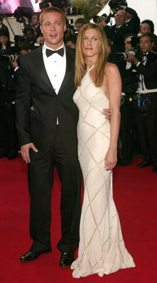 66a6d89778033472243156b47e335ee7 Brad Pitt secretly dating Sienna Miller in first romance since split from Angelina Jolie