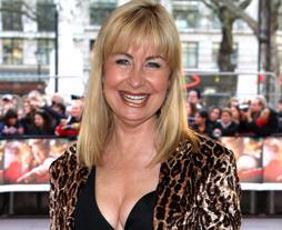 6dd044dfd5aa26198de42357c7deb2c1 Sian Lloyd, 58, admits 'inappropriately young people' want to date her following split from Jonathan Ashman