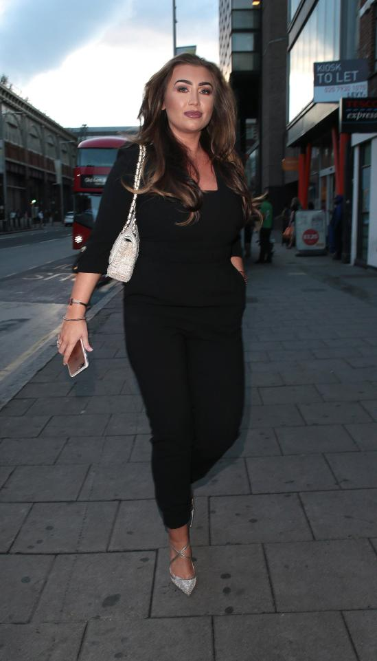 3ecde089007984788da42d531de961f4 Lauren Goodger looks dramatically different in throwback snap from seven years ago when she was 'not allowed out'