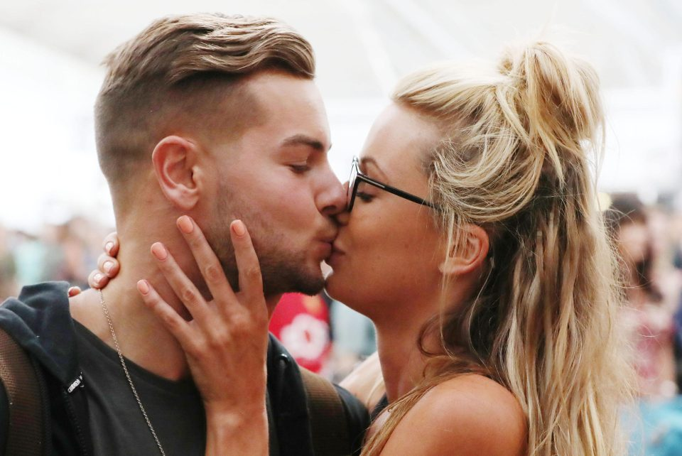 c3327a420e274fc7fdf15b1d4c4b2b11 Love Island's Olivia Attwood hits out at sexist women who attacked her for having 'blonde hair and fake t**s' and reveals Caroline Flack has helped her deal with trolls