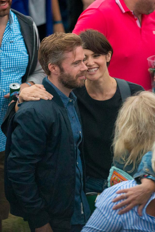 c701aff35cf8f0b505586f943bbeb12f Gemma Arterton spotted snogging new man at star-studded British Summertime festival in Hyde Park