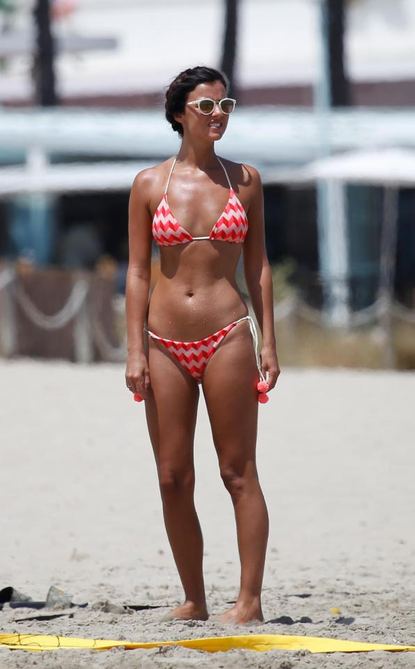 ee83d91a92ad871d27db15aacedc3d1f Lucy Mecklenburgh shows off her insane figure as she plays tennis on the beach in Ibiza