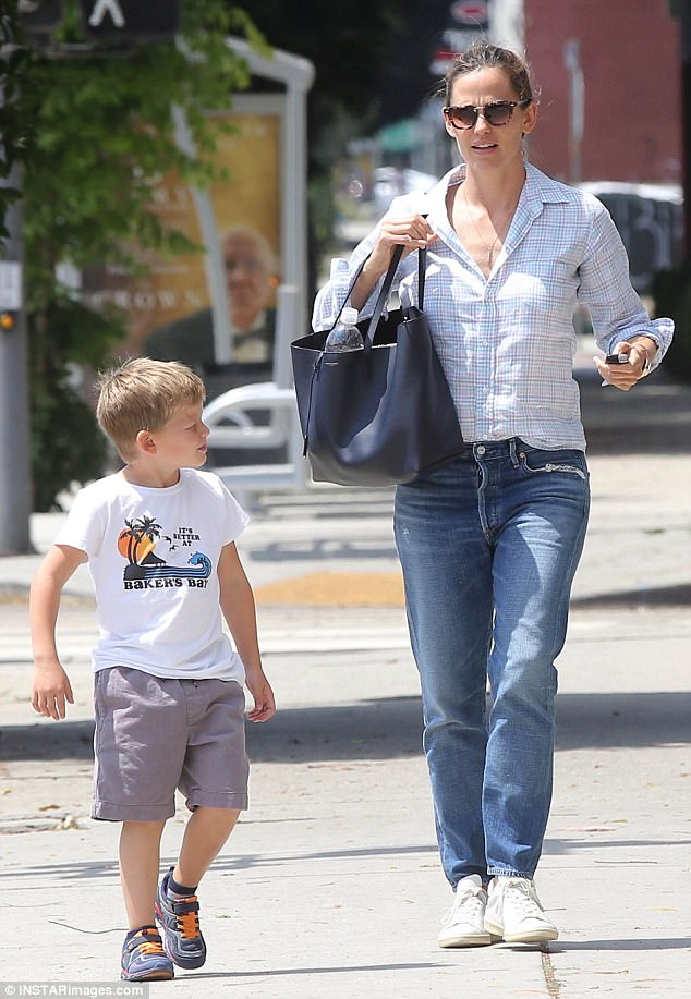 af8529f3fcbf5a22c8f89c4f746904e5 Mommy and me! Jennifer Garner spends quality time with son Samuel, 5, after celebrating Ben Affleck's 45th birthday as a family