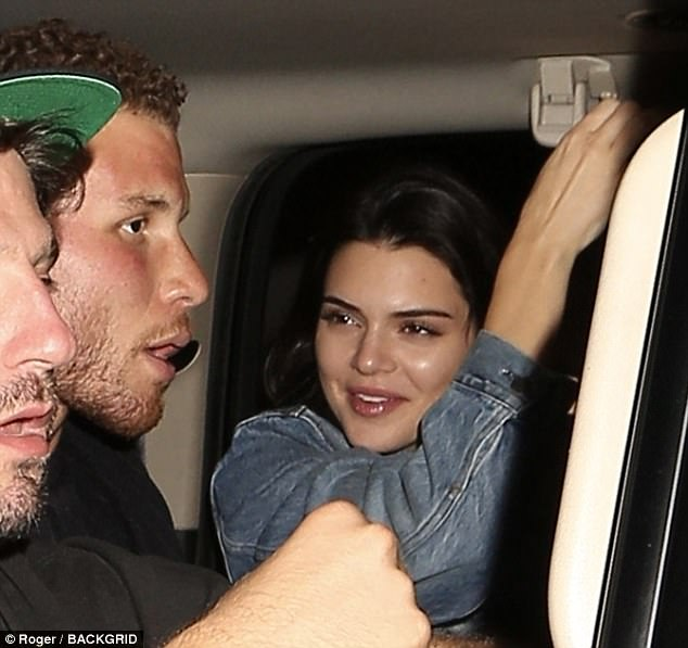 fd8ad79f6b59c53427aca0c5ff11d96e Double date night! Kendall Jenner enjoys night out with rumored beau Blake Griffin along with BFF Hailey Baldwin and Chandler Parsons