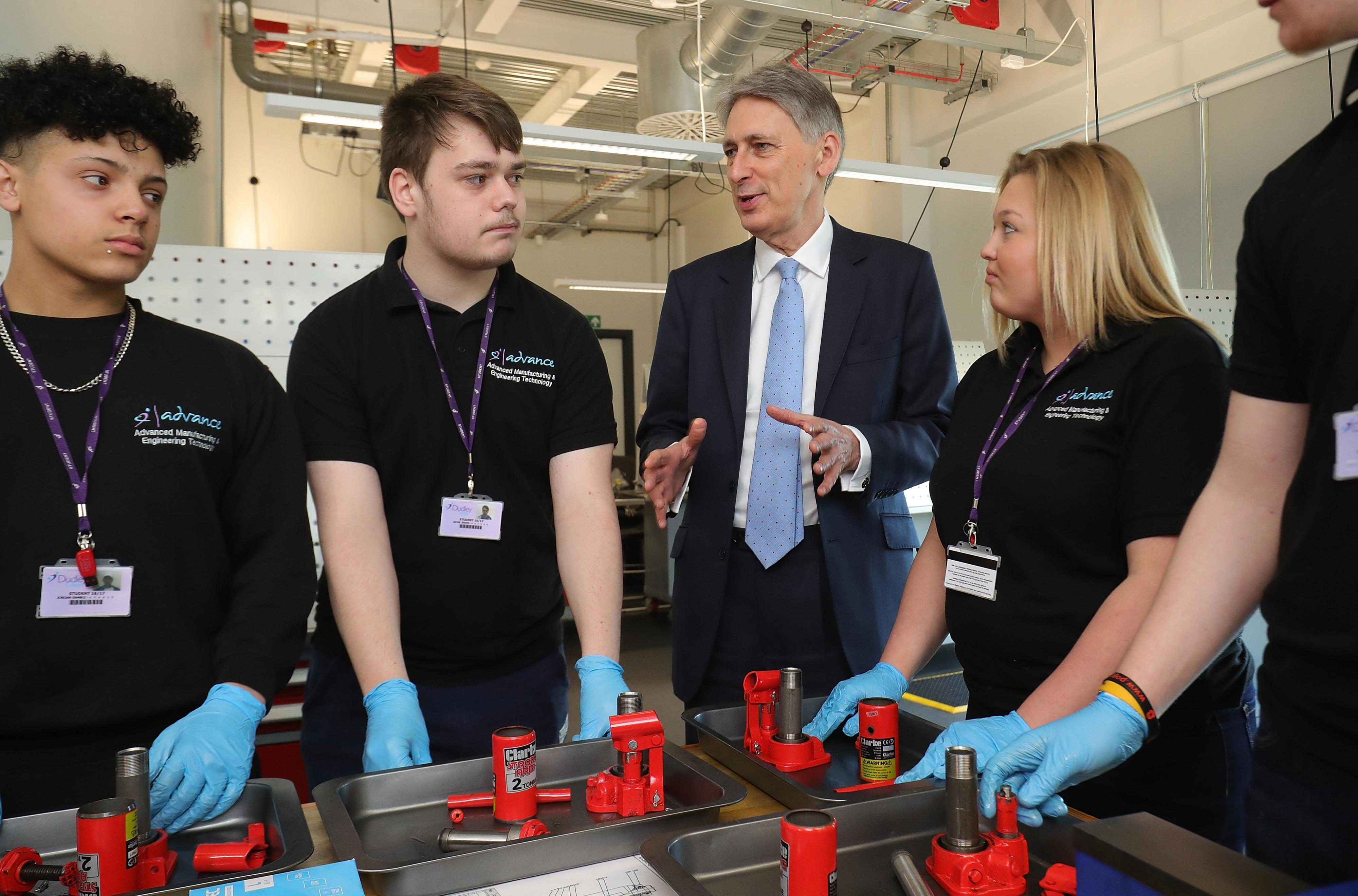 40b0c694c86223d0c60b93740944ba02 Chancellor Philip Hammond reveals he will give a huge boost to hard-up youngsters and 'Generation Rent' in his next Budget