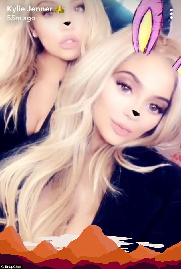 0c604dc9ed1ef284454428ed4ed9dd35 'We're twins today!': 'Pregnant' sisters Khloe Kardashian and Kylie Jenner sport matching blonde locks for new Kylie Cosmetics Youtube channel