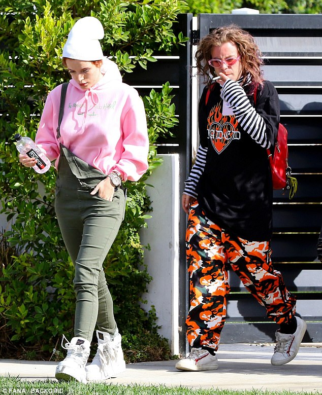 0ad4724477c703c863f9448e6a881dd8 Grieving Bella Thorne heads off on a Thanksgiving getaway with new beau Mod Sun... days after the death of her rapper ex Lil Peep aged 21
