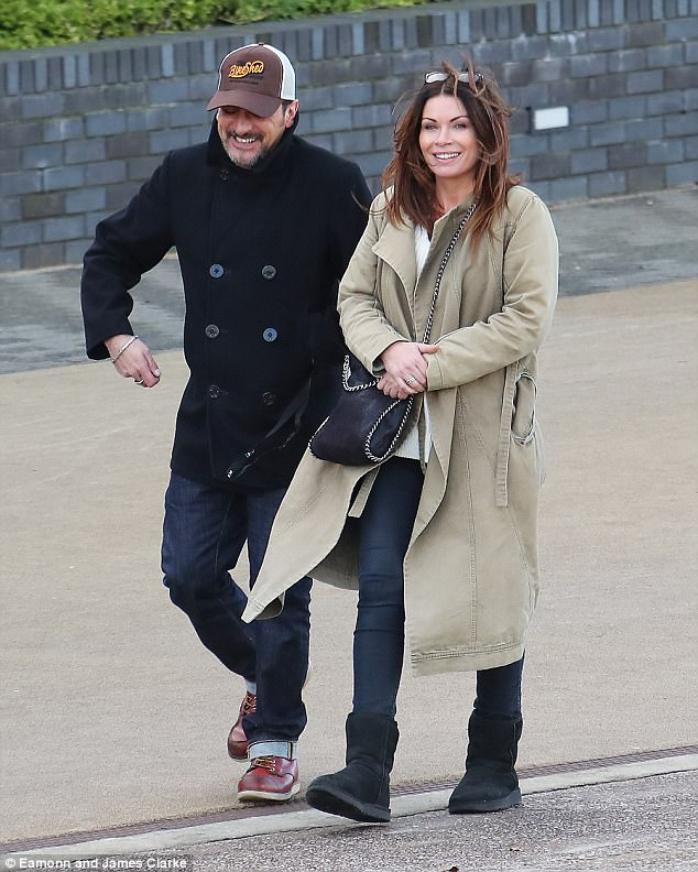 f660bfafe0f8bf8a91a79128ed707f37 Coronation Street: Peter Barlow and Carla Connor enjoy a happy reunion as actors Alison King and Chris Gascoyne read through scripts together