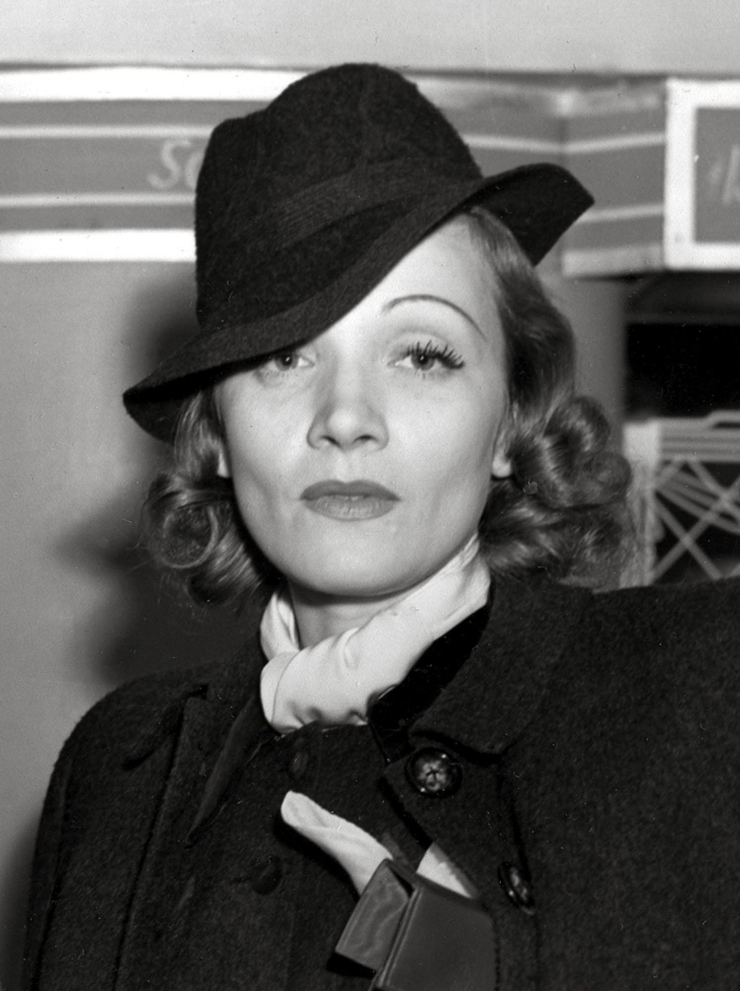 0eaed0b7e5a18168cf12eb0e1538ebf4 Marlene Dietrich celebrated by Google Doodle – here's why the German singer and actress' 116th birthday is being marked