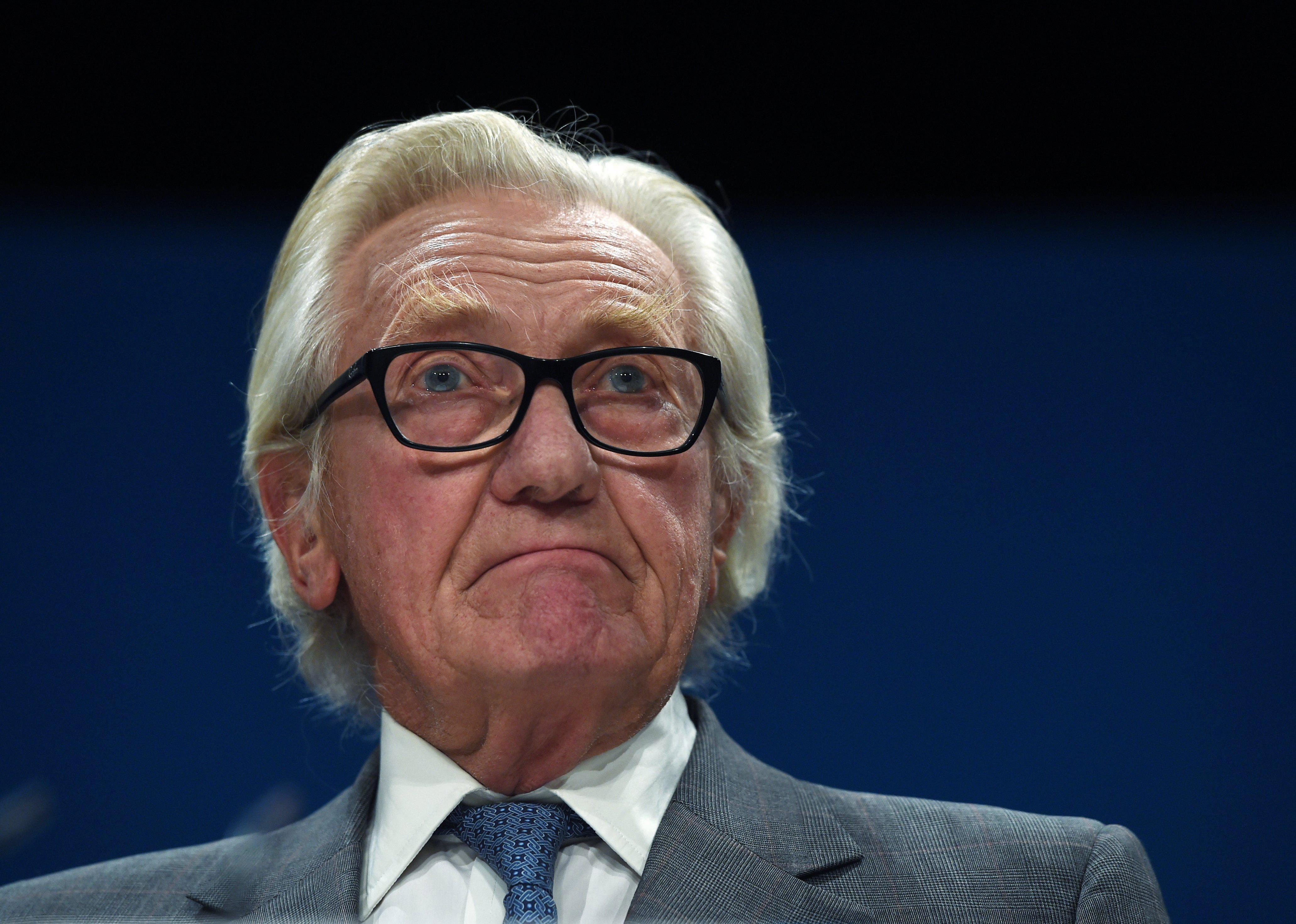 30a56ad03174ec68d95d6bd7ad6fc6cc Pressure mounts on PM to withdraw Tory whip from Lord Heseltine over 'disloyal' Brexit comments
