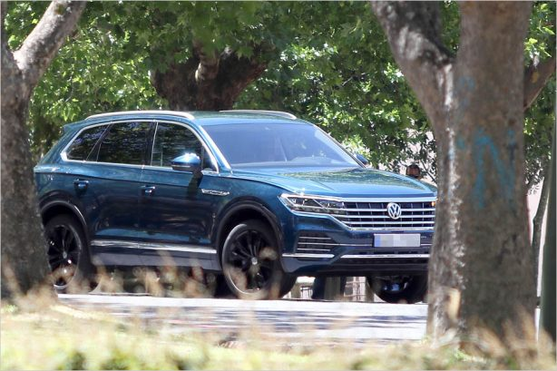 5fce1a6fd2bf0340d109a7c3d86892db Here is the all-new 2018 Volkswagen Touareg - fully undisguised! - ForceGT.com