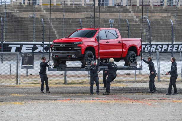 661b3595a2db04045ce29153cf85164a Helicopter drops 2019 Chevrolet Silverado on raceway for launch - ForceGT.com