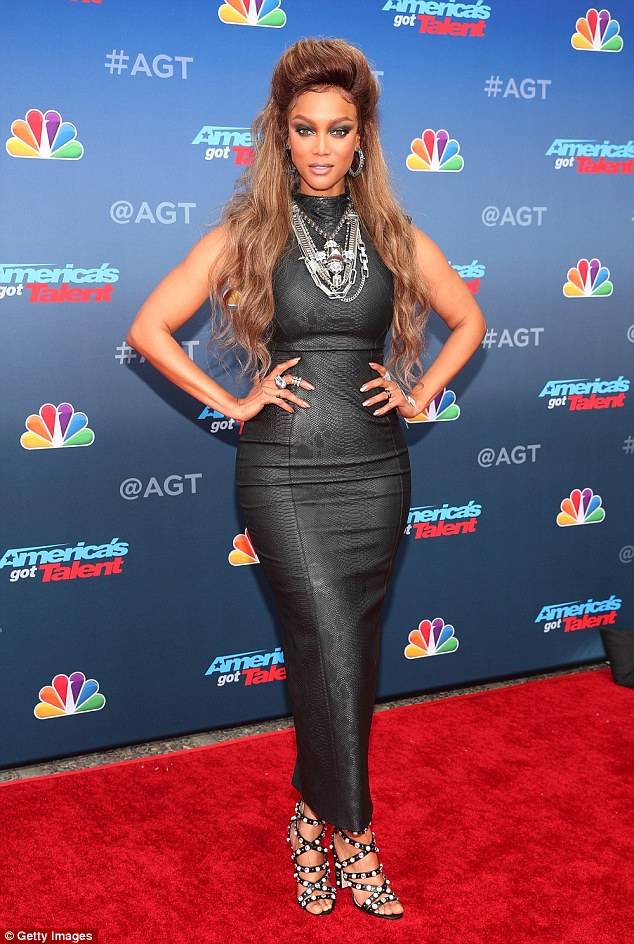 423fdb43042262284a7f68014b349e31 Slaying! Tyra Banks flaunts her curves in skintight sleeveless dress at America's Got Talent kickoff event